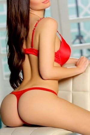 Shanen escort girl